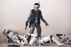 Point Blank (3rd-Rate Photography) Tags: rebeltrooper stormtrooper starwars blackseries toy toyphotography canon actionfigure 100mm 5dmarkiii jacksonville florida 3rdratephotography earlware 365