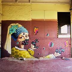 Now you look familiar ... New #art by #Huascaya. . #Gent #Belgium #graffiti #urbanart #graffitiart #streetartbelgium #graffitibelgium #visitgent #urbanart_daily #graffitiart_daily #streetarteverywhere #streetart_daily #ilovestreetart #igersstreetart #gent (Ferdinand 'Ferre' Feys) Tags: instagram huascaya gent ghent gand belgium belgique belgië streetart artdelarue graffitiart graffiti graff urbanart urbanarte arteurbano ferdinandfeys