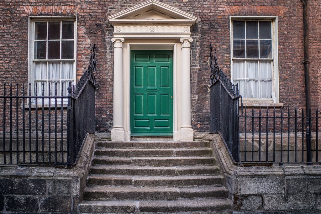 HENRIETTA STREET [WAS ONE OF THE WEALTHIEST STREETS IN THE BRITISH EMPIRE]-144922