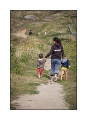 La promenade (SiouXie's) Tags: color couleur fujifilm fujixe2 fuji finistère 55200 siouxies bretagne