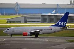 """Tyra Haraldsdatter"" SAS Scandinavian Airline System LN-TUF Boeing 737-705 cn/28222-245 @ EHAM / AMS 12-09-2017 (Nabil Molinari Photography) Tags: tyraharaldsdatter sas scandinavian airline system lntuf boeing 737705 cn28222245 eham ams 12092017"