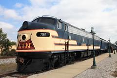 "L & N  ""E Unit"" (rjgabor) Tags: railroad trains locomotive diesel l n bowlinggreen ky"