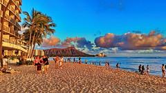 Honolulu Waikiki Beach (gerard eder) Tags: world travel reise viajes america northamerica usa unitedstates urban urbanlife urbanview city ciudades cityscape cityview hawaii honolulu oahu waikiki beach städte stadtlandschaft strand playa paisajes panorama clouds nubes wolken sunset sonnenuntergang puestadesol outdoor diamondhead sky