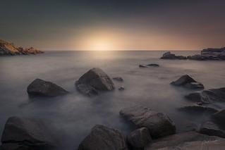 Tossa de Mar - Platja d'Es Codolar #girona #gironamenamora #raconsdecatalunya #quebonicescatalunya #catalunya #longexposure #llargaexposicio #largaexposicion #nikon #nikonistas #nikond5500 #nikonphoto #landscape #sunset