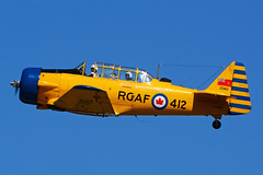 C-FVMG (RCAF 412) (Steelhead 2010) Tags: cwhm canadianwarplaneheritagemuseum yhm creg cfvmg northamerican at6 harvard