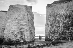 IMG_3440 (Zefrog) Tags: zefrog botanybay broadstairs uk margate kent beach sea bw