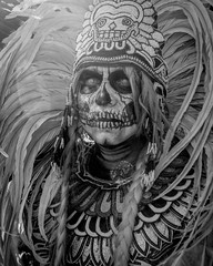 La Calavera (El Cheech) Tags: hollywood celebratethedead dayofthedeadfestival hollywoodforevercemetery hollywoodforever cemetery catholic mexican indian native headdress feathers warrior danceofthedead skeleton aztec skull diadelosmuertos dayofthedead