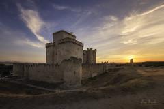 Castillo de Turégano (Luis R.C.) Tags: turégano segovia españa paisajes pueblos ocaso nikon d610