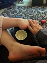 22 of 7th 365: Kate's foot massage time (dumbledad) Tags: me selfportrait 365days day22 year7