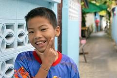 handsome boy (the foreign photographer - ฝรั่งถ่) Tags: handsome boy child khlong thanon portraits bangkhen bangkok thailand nikon d3200