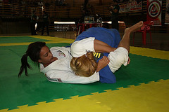 Bjj Women (BLLLCCC) Tags: jiujitsu bjj martialarts kimono gi pressão pressure technique solas baresoles chulé descalça pés feet barefeet barefoot female feminino fight luta mat tatame esporte deporte sport soles
