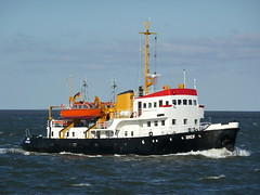 Greif (Maritime Fotografie) Tags: greif behördenschiff shiff ship cuxhaven schifffahrtsamt schifffahrt schiff martin tolle nord