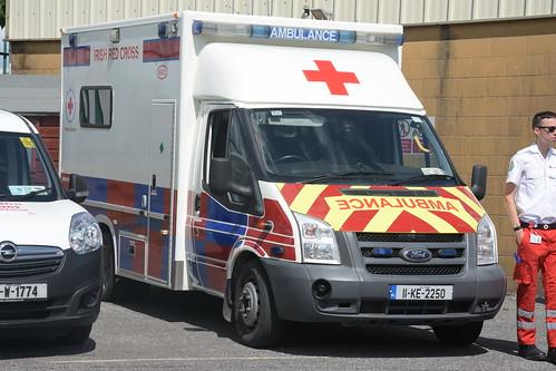 bb59f59afa Irish Red Cross 2011 Ford Transit Wilker Voyager Mk2 CEN Ambulance 11KK2250