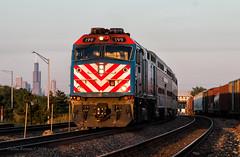 METX 199 - Cicero, IL (Wheelnrail) Tags: metra metx 199 rush hour sunset cicero yard bnsf chicago subdivision train trains emd passenger chi sears tower skyline locomotive railroad station rails