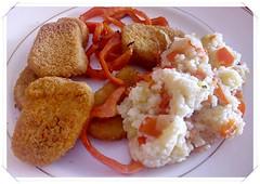 Apanados de Pollo & Morrón & Cuscus (Gabriela Andrea Silva Hormazabal) Tags: foods alimentos salados lunch almuerzo cocina chef chile gabi gabriela pollo pimentón pimiento rojo chiken cuscus