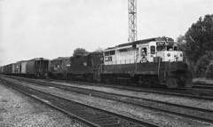 CR GP30 2187 (ex-RDG) GP9 7188 7184 Abrams Yard, Summer 1981 (swissuki) Tags: abrams abramsyard conrail cr reading rdg railroads us pa gp30 gp9
