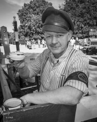 Rufford Abbey 2018 pic7 (walljim52) Tags: ruffordabbey 1940s wartime ww2 event military civilian costume outfit uniform reenactment actor