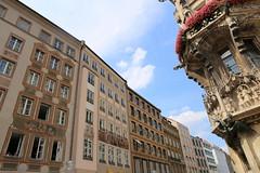 MARIENPLATZ, MUNICH (André Pipa) Tags: munich munique monaco münchen bayern bavaria baviera marienplatz alemanha deutschland germany architecturemunich photobyandrépipa