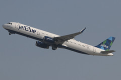 Airbus A321 jetBlue N988JT (NTG842) Tags: los angeles international airport lax airbus a321 jetblue n988jt