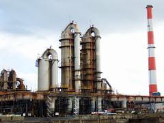 JFE Steel East Japan Works JFEスチール東日本製鉄所 千葉地区 (: : Ys [waiz] : :) Tags: fujifilm s1 finepixs1 ironworks steelworks factory 工場 日本 japan 千葉 千葉県 chiba 千葉市 煙突 chimney brown industry industrial