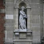 Sculpture visible sur la façace de la mairie du XIXème thumbnail
