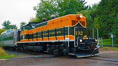 Great Northern EMD NW-5 192, 43rd Av E - Duluth MN USA, 10/05/18 (TonyM1956) Tags: elements sonyalphadslr sonyphotographing