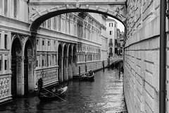 Canal | Venezia | Italia (gaalvarezc) Tags: photography street streetphotography stphotographia bw blackwhite blackandwhite white monochrome canal italia italy venezia venice gondola texture people canon bridge sighs