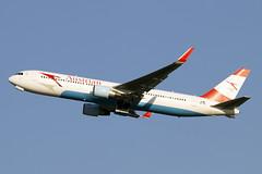 OE-LAE (JBoulin94) Tags: oelae austrian airlines boeing 767300 washington dulles international airport iad kiad usa virginia va john boulin