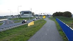DSCN8792 (DutchRoadMovies) Tags: stevinsluizen afsluitdijk den oever a7 rijksweg ijsselmeer waddenzee bridge lake freeway motorway water sea locks
