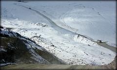 Road to the glacier (Canada) (armxesde) Tags: pentax ricoh k3 canada kanada jasper jaspernationalpark rockymountains alberta mountain berg schnee snow gletscher glacier columbiaeisfeld columbiaicefield athabascaglacier athabascagletscher felsen rocks eis ice road strase