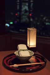 Kozue, Tokyo, Japan (Plan R) Tags: restaurant table tokyo window leica m 240 noctilux 50mm