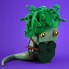 BrickHeadz: Medusa (Swan Dutchman) Tags: lego brickheadz medusa snake greek mythology gorgon