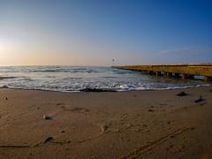 Morgen am Strand (wezetauswe) Tags: gf7 mft meer strand wellen wasser