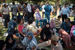 * (Sakulchai Sikitikul) Tags: street snap streetphotography summicron songkhla sony a7s 35mm leica thailand hatyai graduate muslim islamic
