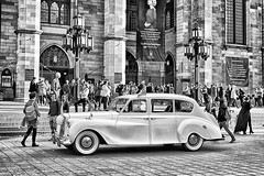 Just Married ! (stephaneblaisphoto) Tags: wedding adult architecture building exterior built structure car city life crowd group people land vehicle large lifestyles men mode transportation motor real street women bw blackandwhite monochrome