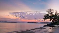 Sunrise at the beach (jacysf) Tags: throughherlens pasirrisbeach
