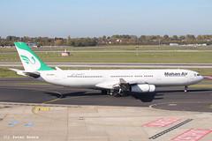 Mahan Air A340 in Dusseldorf (D), 13-10-2018 (PeterBrabant) Tags: epmmd mahan air a340 dusseldorf dus