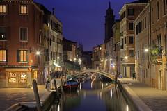 È sera sul canale / Evening on the canal (Venice, Veneto, Italy) (AndreaPucci) Tags: venice venezia veneto italy italia camposanbarnaba night andreapucci theitalianjob indianajones