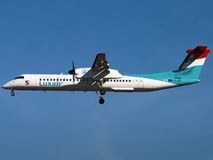 Luxair | Bombardier DHC-8-402Q Dash 8 | LX-LQI (Bradley's Aviation Photography) Tags: lcy eglc luxair dash8 bombardierdhc8402q london londoncityairport londoncity lxlqi