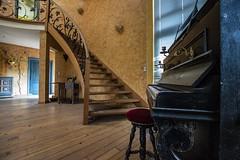 Urbex Villa Mistral (Fenjav) Tags: urbex abandoned decay villa mistral halloween horror skeleton pumpkins piano stairs