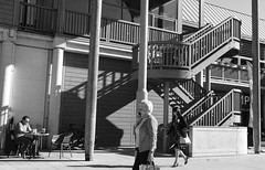 Eye on the World (Bury Gardener) Tags: 2018 nikond7200 nikon bw blackandwhite burystedmunds england eastanglia uk britain suffolk streetphotography street streetcandids snaps candid candids people peoplewatching folks monochrome mono arc thearc