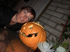 305/365 (boxbabe86) Tags: jackolantern iphone8plus wednesday october flash selfie pumpkin halloween 365days