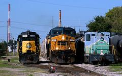 A Tale of Two GE's (Jeff Carlson_82) Tags: coffeyville ks kansas watco wamx prlx leaser cw46ah ac60 ac6000cw emd ge slug 70tonner coffeyvilleresources csx 628 503 critter skol southkansasoklahoma industrial train railroad railfan railway
