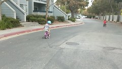 Bike Video (earthdog) Tags: 2018 video scooter bike frombike bicycle googlepixel pixel androidapp moblog cameraphone walkingdistance condocomplex