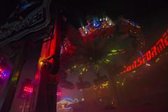Transformer (Notquiteahuman1) Tags: volksfest badcannstatt ride attraction topstartour transformer smoke lights illumination beams overhead germany trip outdoor wideangle round laser red nikon night highiso handheld thrill passeio carnaval fumaça lluz nikond610 sigma1735mmf2840hsm noite