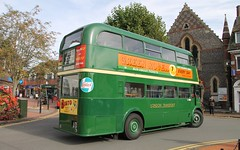 LYR 910 AEC Regent III - LT RT 3491 (Ray's Photo Collection) Tags: chesham rt lt thebroadway lyr910 3491 amershamandchesham bus runningday buses londontransport buckinghamshire bucks england uk aec regent iii