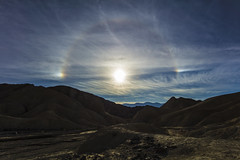 Sun Halo (CraDorPhoto) Tags: canon5dsr landscape sun halo california usa deathvalley barron