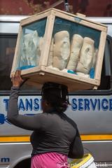 Kumasi breadseller (10b travelling / Carsten ten Brink) Tags: 10btravelling 2017 africa african afrika afrique asante ashanti carstentenbrink ghana ghanaian goldcoast iptcbasic kumasi places westafrica bread icarry tenbrink vendor woman women