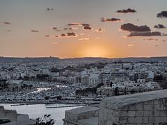 Skyline .... ; (c)rebfoto (rebfoto ...) Tags: sky city cityscape sunset malta viewfromvalletta