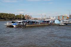 Greenwich Pier (Neil Pulling) Tags: london riverthames greenwich uk england